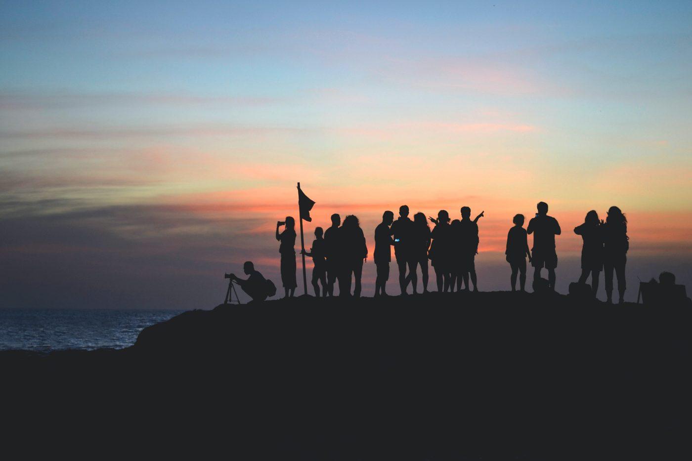La comunidad de Javier Miró